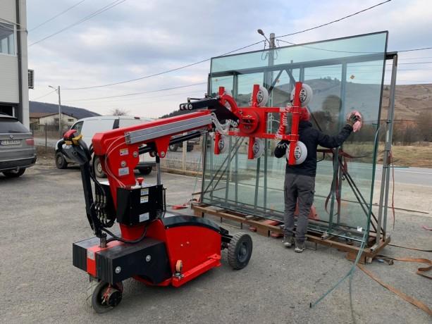 vanzare-sau-inchiriere-robot-sticla-big-1