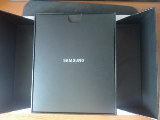 Samsung Galaxy Z Fold 2 ,256GB ,12GB RAM ,5G