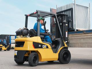 Inchiriez motostivuitoare 3,5 tone, 5 tone, 7 tone