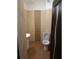 Inchiriez apartament 2 camere , cu gradina 144 mpu , Militari Central