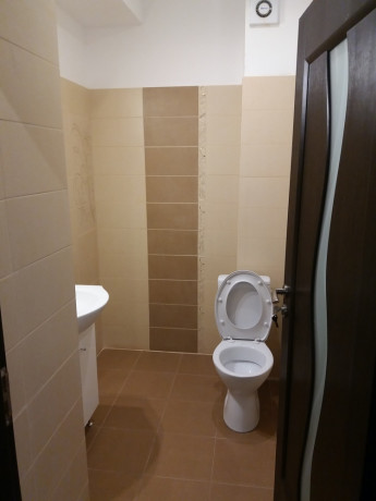 inchiriez-apartament-2-camere-cu-gradina-144-mpu-militari-central-big-0
