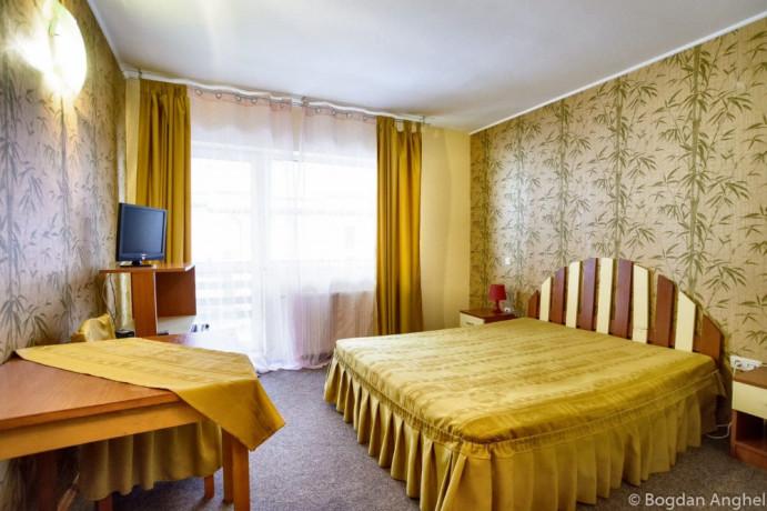 hotel-3-de-vanzare-big-3